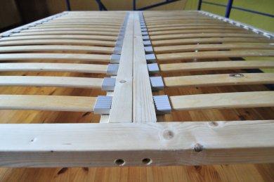 Grotelės - Wooden Bed Frame (180x200 cm, h – 5 cm) atskiros po 90x200cm su prafrezavimais ir atramomis iš šonų
